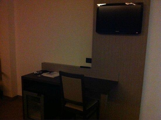 La Conchiglia Hotel: tv plasma com muitos canais