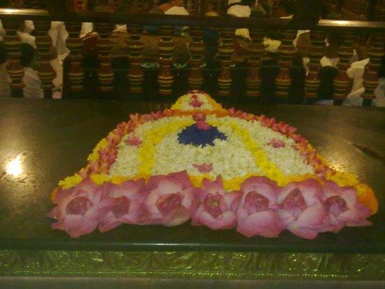 โรงแรมเดวอน: the temple of the tooth Kandy