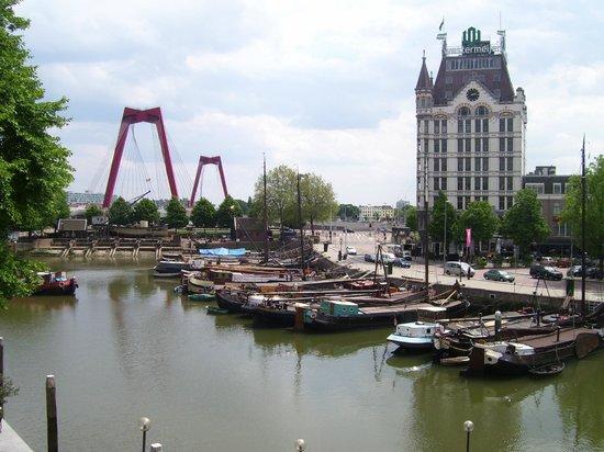 Stayokay Rotterdam : panoramic view from the exit door