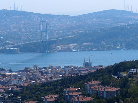 Renaissance Istanbul Polat Bosphorus Hotel: View from Sky lounge meeting room