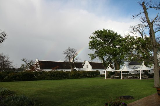 Steenberg Hotel : Catching a rainbow...