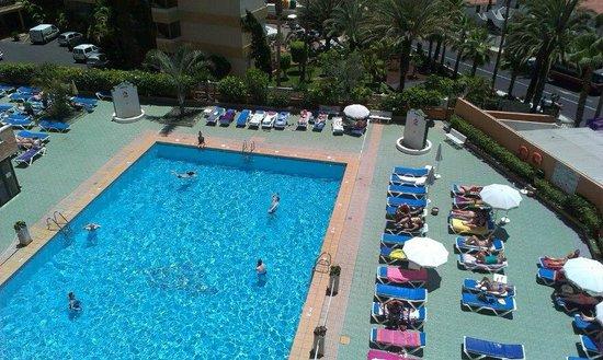 Apartamentos Caribe: Pool