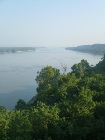 View up the Mississippi River from Natchez Bluffs - hot and hazy