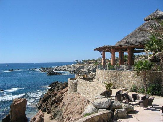 Esperanza - An Auberge Resort: Dining Room overlooking sea as seen from bar