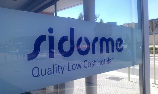 Sidorme Girona : entrada hotel