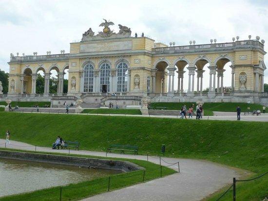 Gärten von Schönbrunn: The Gloriette