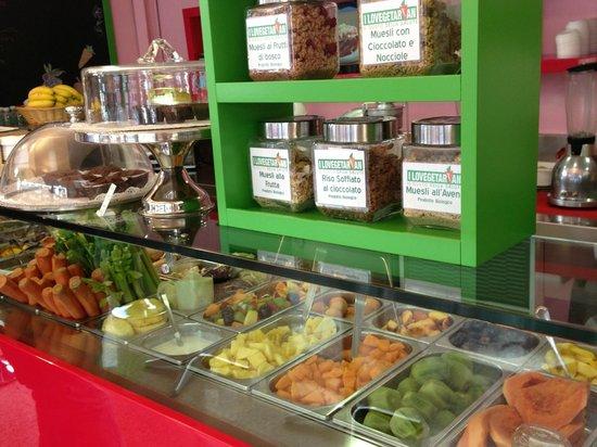 I Lovegetarian : Il nostro banco, con la frutta i cereali e altro
