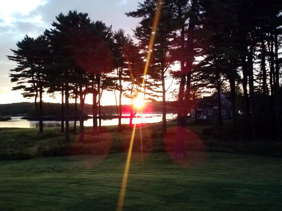 1774 Inn: Sunrise from the Adirondack chairs