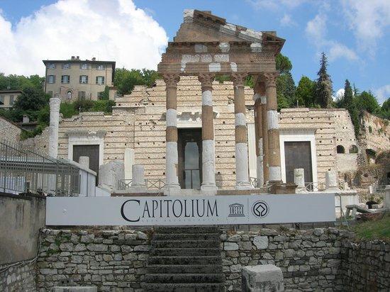 Hotel Ambasciatori: Capitolium
