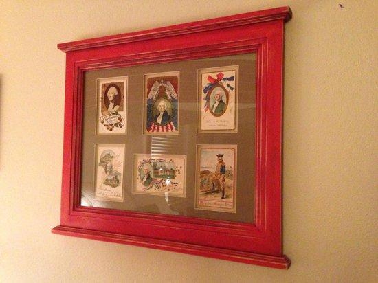 Fife & Drum Inn: Art in the George Washington Room