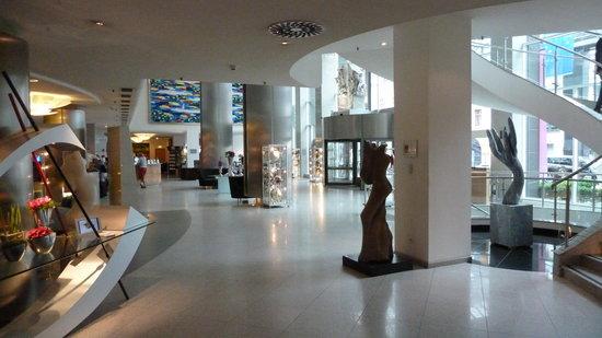 Maritim Hotel Bonn: Lobby
