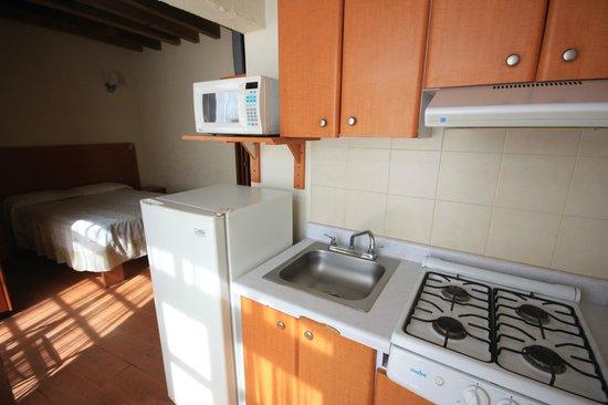Hostal Villa Cassot : Contamos con cocinas en las habitaciones