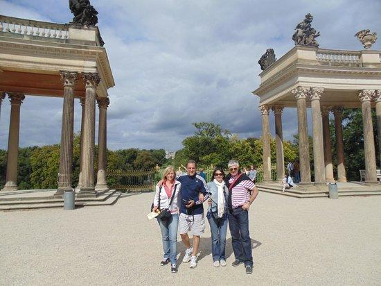 Viva Berlin By Insider Tour: Amigos en el Palacio de Sans Soucci Postdam, Berlín.