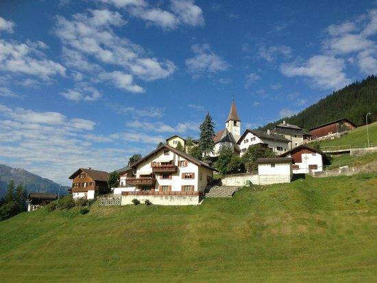 Apart- und Kinderhotel Muchetta: il paesino di Wiesen