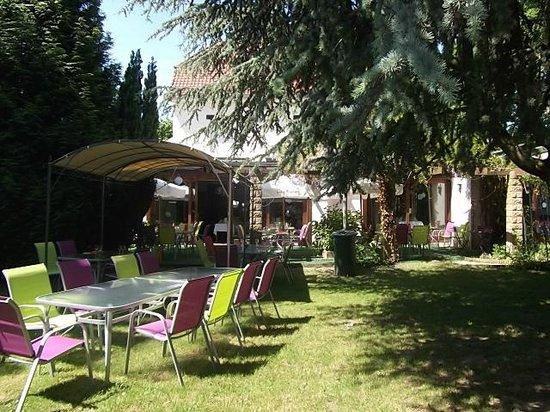La table pr par e par mme m gnien picture of les jardins de l 39 hamadryade villeneuve d 39 ascq - Table jardin villaverde lille ...