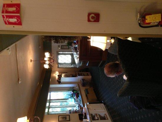 Lamies Inn and The Old Salt Tavern: Reception Area