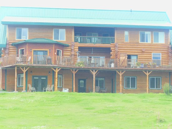 Crooked Creek Retreat & Outfitters: Back view of Crooked Creek Retreat