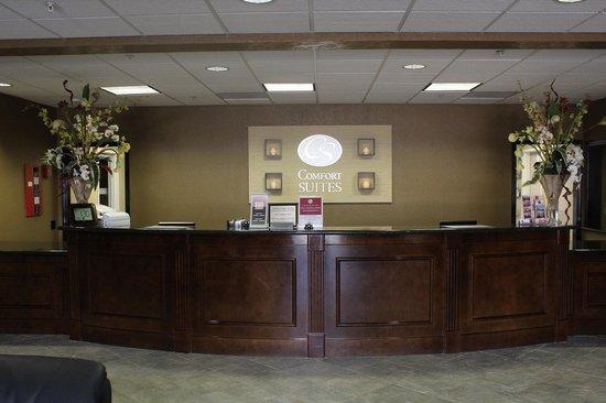 Comfort Suites Humble Houston North: Front Desk