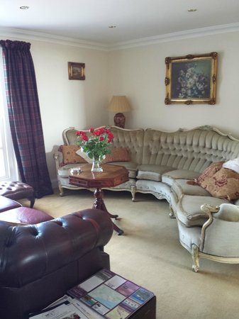 Glenegedale Guest House : Sala relax