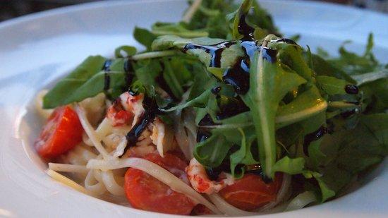 Grace Genusskultur: Fantastic crayfish tails and pasta