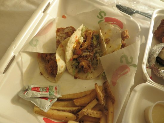 Chili's Bar & Grill - International Drive: Take Away - Crispy chicken tacos