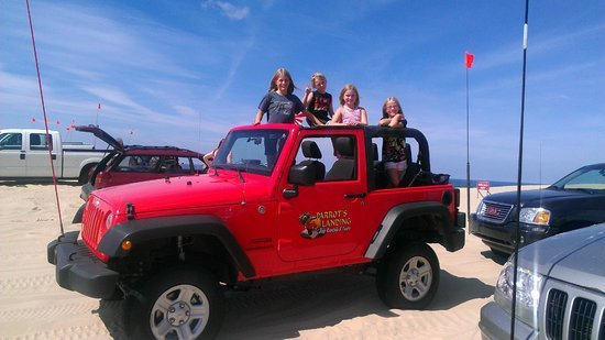 Parrot's Landing Jeep Rentals and Tours: Up in the Silver Lake sand dunes