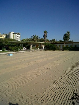 Hotel Ermione: Hotel from the beach