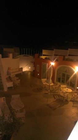 Ira Hotel & Spa: Night view from our room balcony
