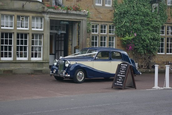 The Speech House Hotel: Speech House with Wedding Car