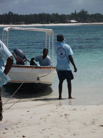 Diani Sea Lodge: boat charter