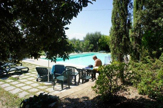 Il Mulino delle Canutole: la piscina