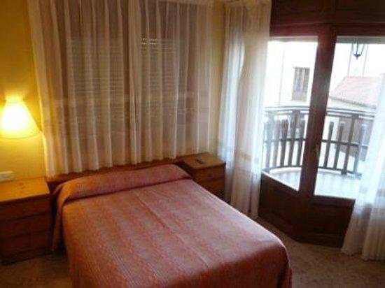 Alberuela de la Liena, Spain: Habitación matrimonial