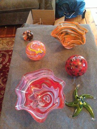 Jennifer Sears Glass Art Studio : two floats, 2 bowls, starfish and a paperweight