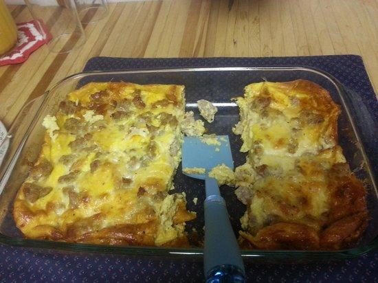 Country Farm Bed & Breakfast : delicious breakfast casserole
