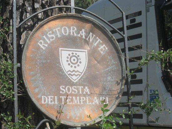 Hotel Cavalieri: La locandina