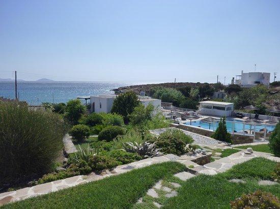 Ostria Inn: pool & seaview