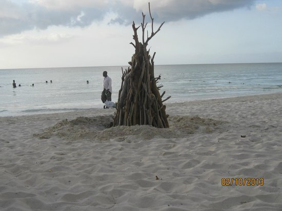 White Sands Negril: fire
