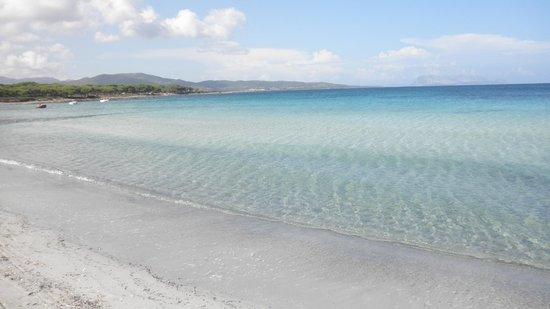 Budoni Beach Hotel : La spiaggia di Baia Porto Ainu