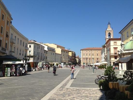 Ambasciatori Rimini : Downtown.