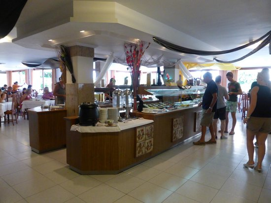 Hotel Gran Sol: Breakfast buffet