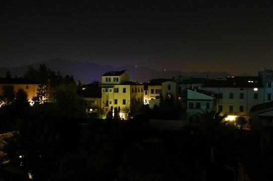 Helvetia : Noche