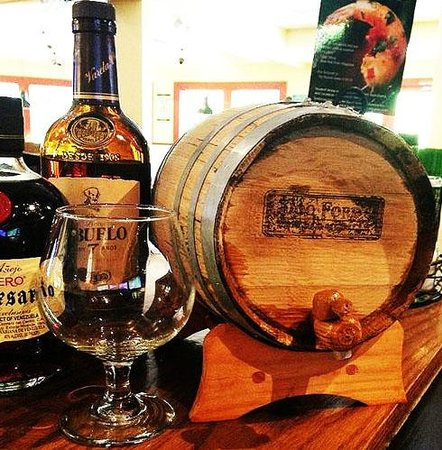 Doc Ford's Rum Bar & Grille Captiva : Aging our rums