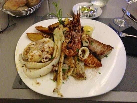 Petit Lezard : l'assiette de sept poissons