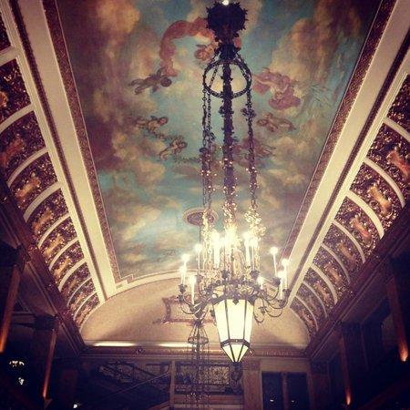 The Pfister Hotel : lobby ceiling