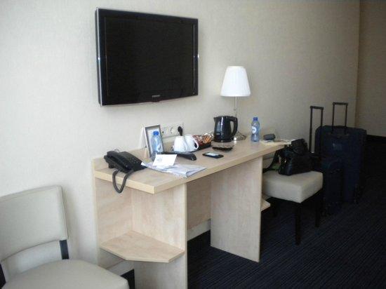 Hotel Iron Horse: tv