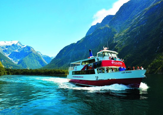 ‪Southern Discoveries - Milford Sound Cruises‬