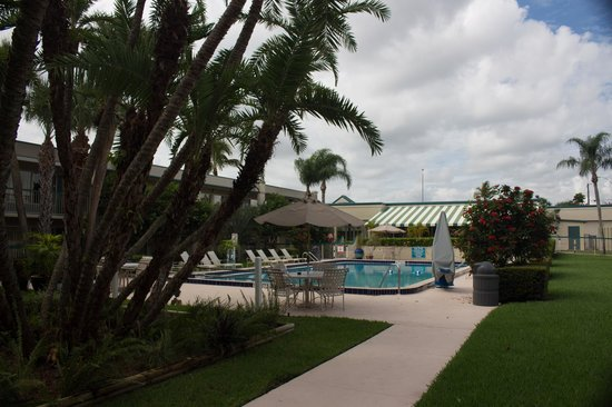 BEST WESTERN Downtown Stuart: Pool