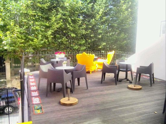 Espaço Edla: lounge outside