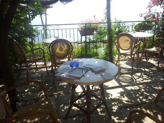 Ravello Rooms: Writing my Wedding Speech!