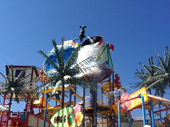 Six Flags Hurricane Harbor : Splash Island